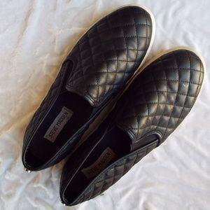 Steve Madden Black Slip-On Sneaker